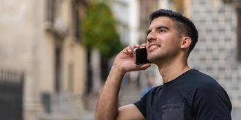 Cómo funcionan los móviles plegables y modelos disponibles