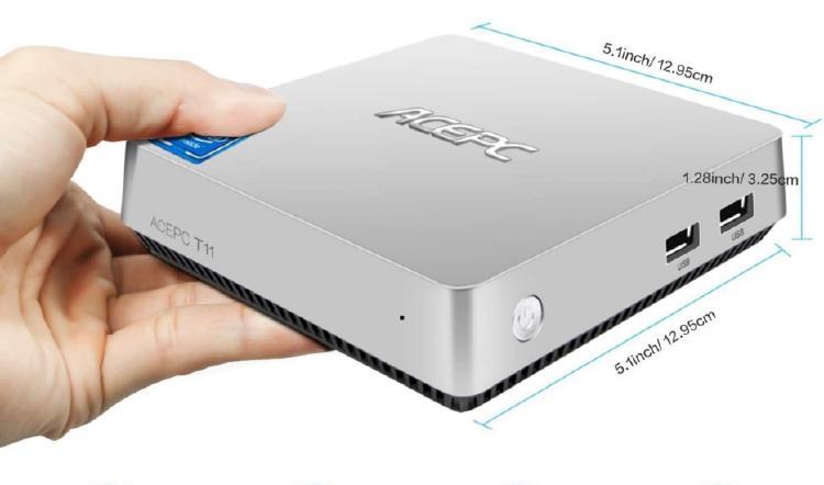 Mini PC en la mano